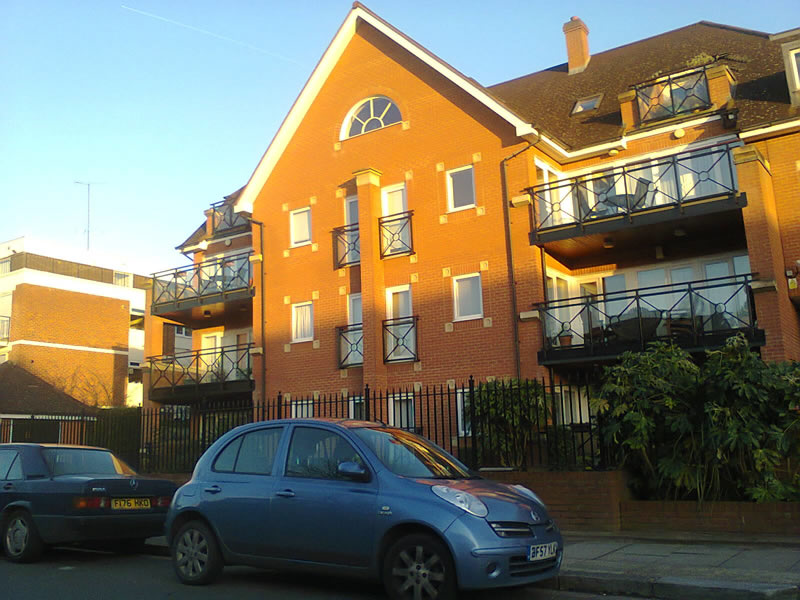 West Finchley Flats