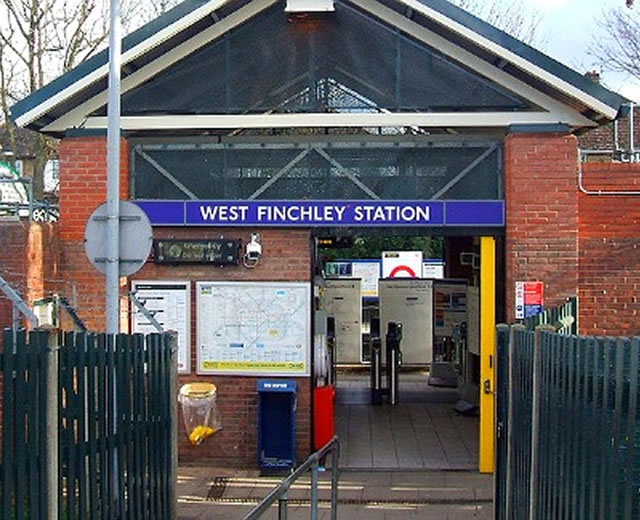 West Finchley Station