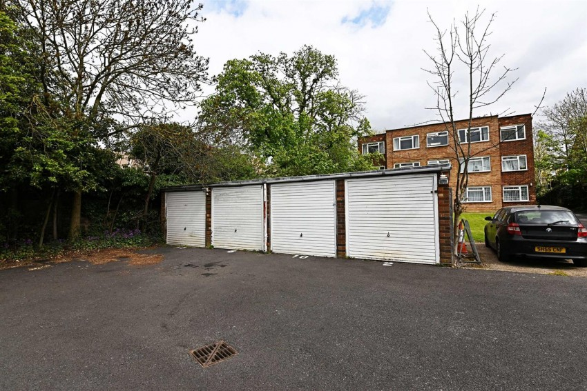 Images for Sunningfields Road, Hendon, London EAID:squiresapi BID:3
